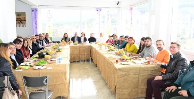 Iva Natura Kozmetik Bitkileri Film Yarışması'nın lansmanı Seferhisar da gerçekleştirildi.