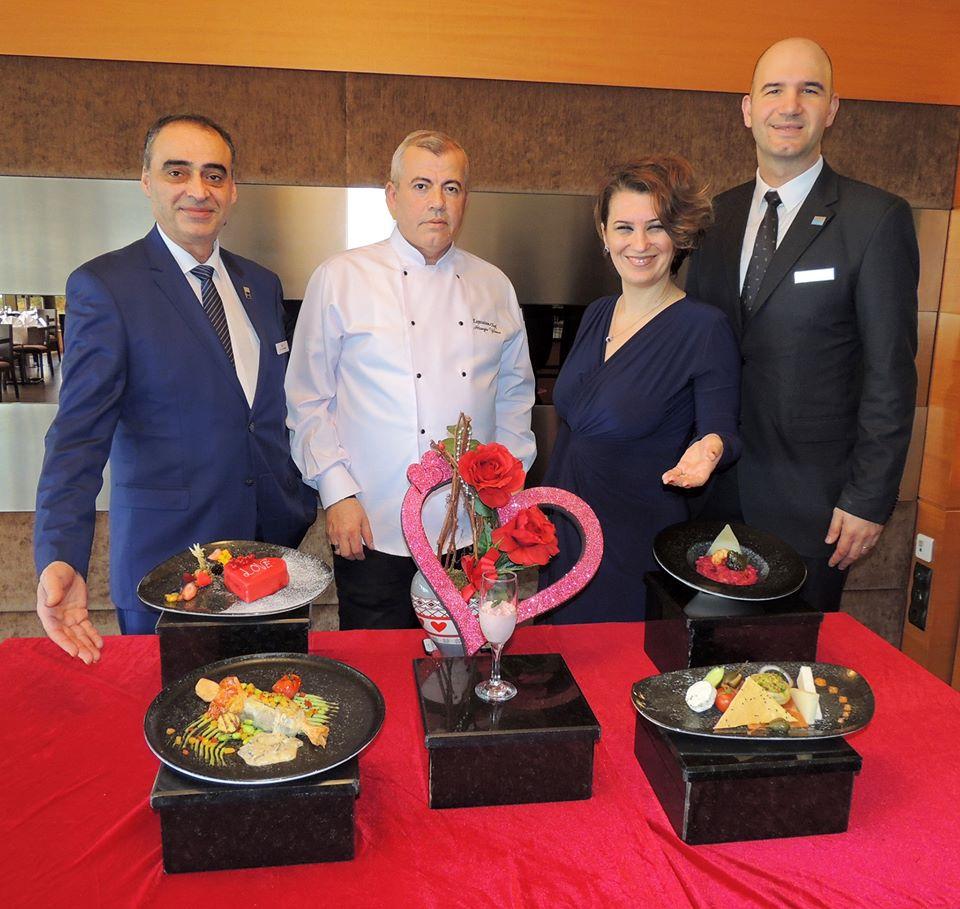 Hilton İzmir 14 Şubat Sevgililer Günü'ne hazır…