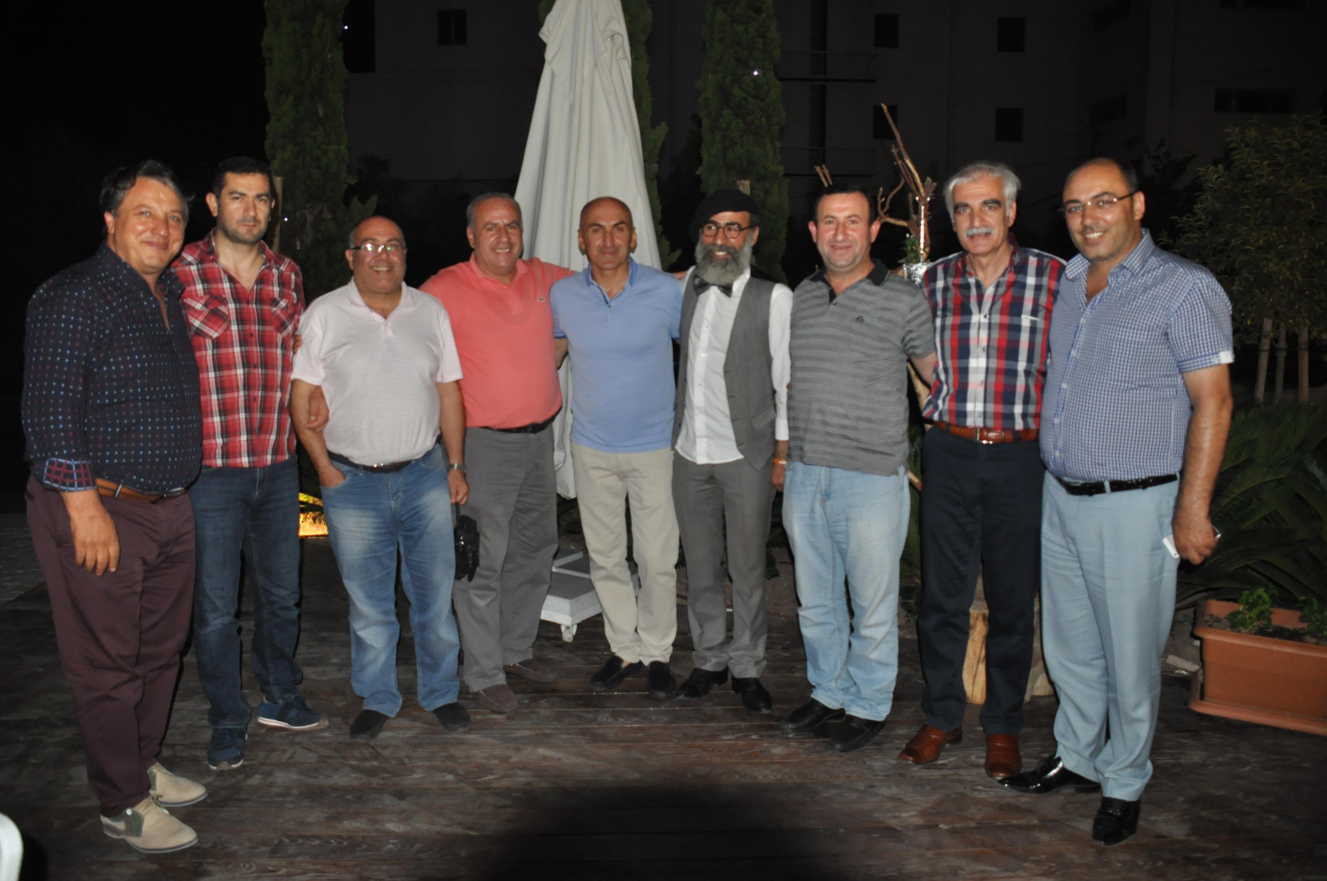 İzmirli Erzurumlulardan birlik beraberlik iftarı